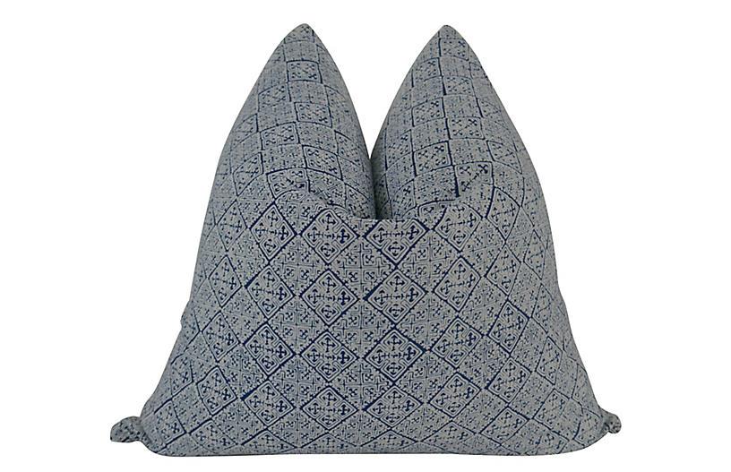 Novato 24x24 Pillow, Indigo/White