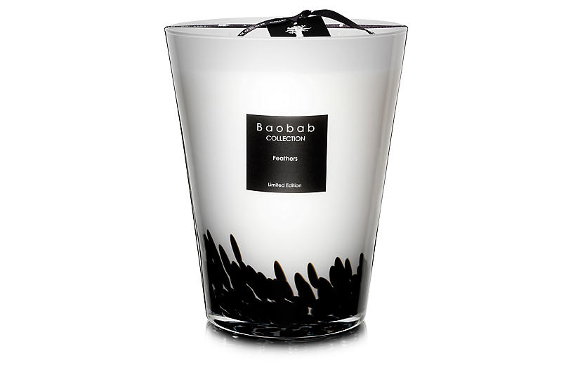 Feathers Candle, Saffron & Black Rose