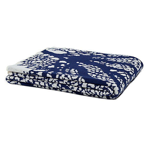 Fan Coral Throw, Blue/Ivory