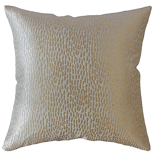 Alexis Pillow, Gold