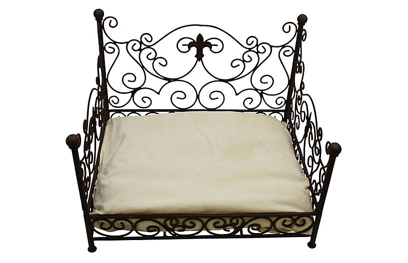 Murray Pet Bed - Antiqued Brown