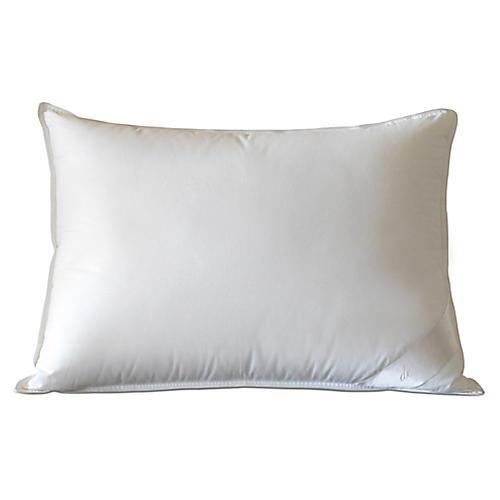 Loure Medium Pillow, White