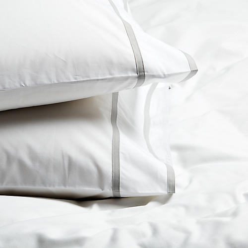 S/2 Collana Standard Pillowcases, Silver