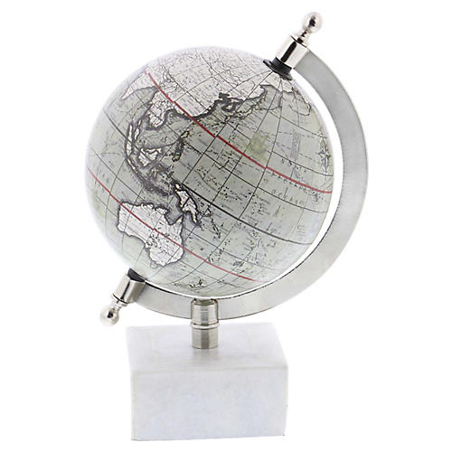 Wyatt Globe, White/Multi