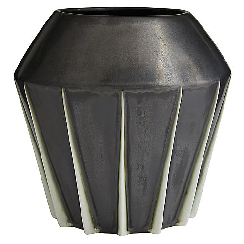 Shiloh Vase, Black