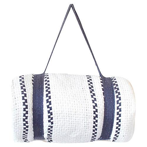 Beach Mat Throw w/Harness, White/Blue