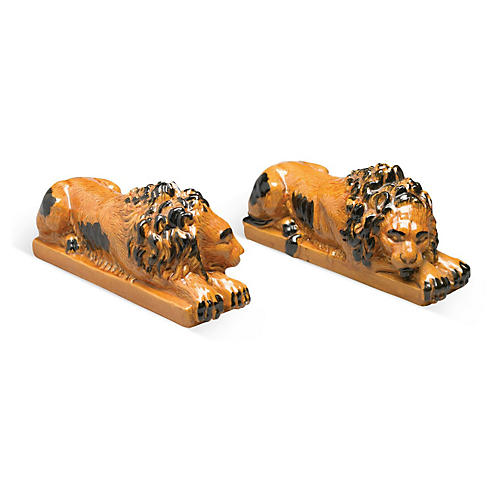 Pair of Resting Lions, Orange