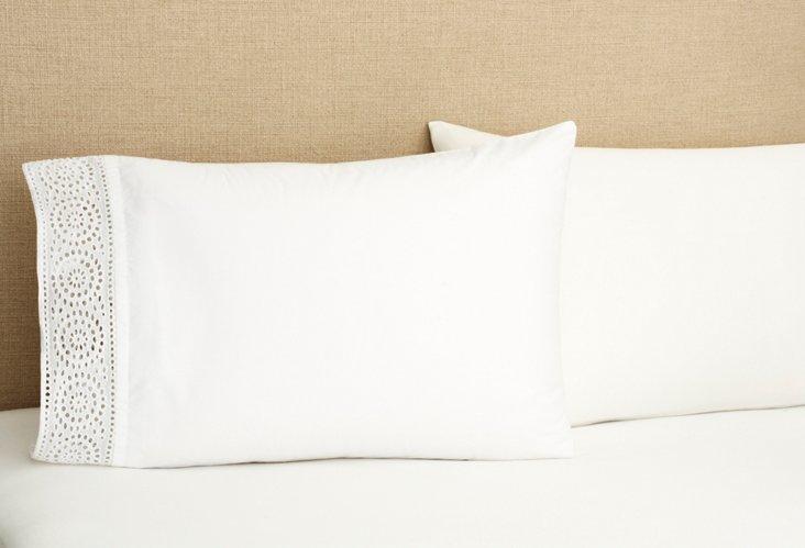 S/2 Eyelet Pillowcases, White