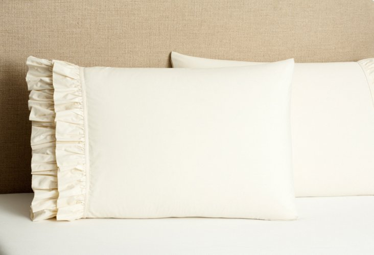 S/2 French Ruffle Pillow Cases, Ivory