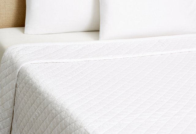Clemmons Quilt, White