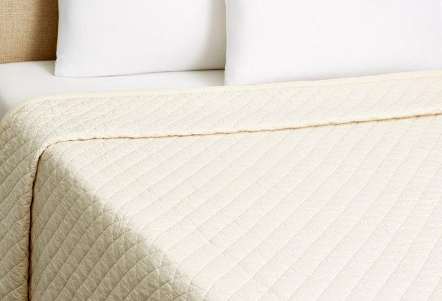 Clemmons Quilt, Ivory