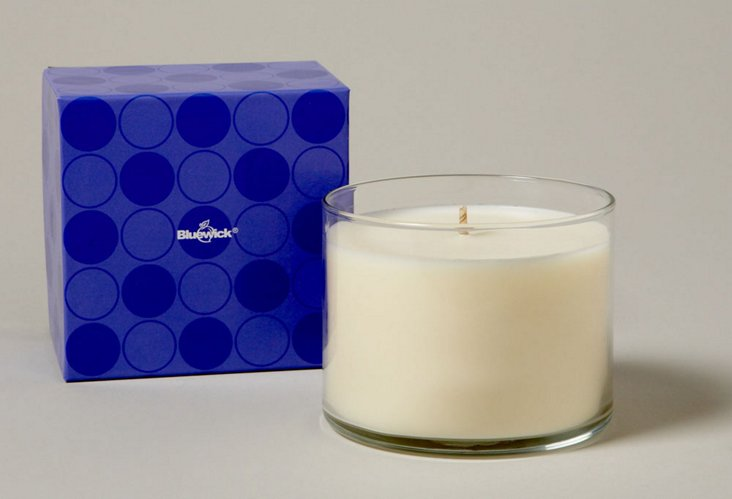 Bluewick Groove Whiteflower Candle