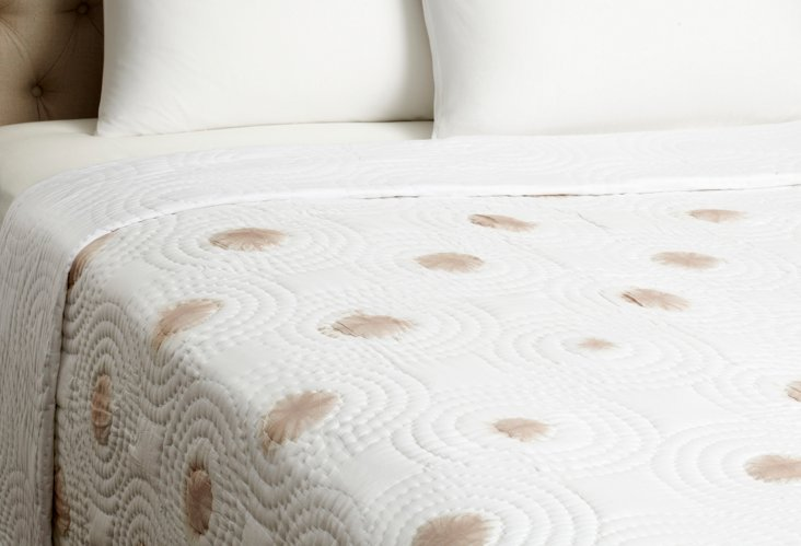 Spot Dye Quilt, Taupe