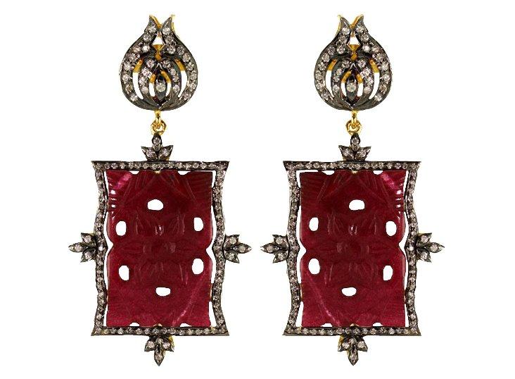 Leila Red Resing Earrings
