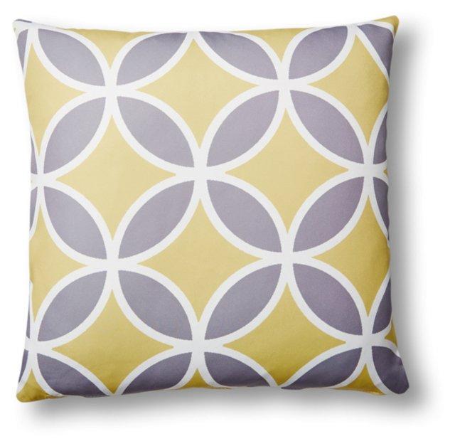 Quatrefoil 20x20 Outdoor Pillow, Yellow