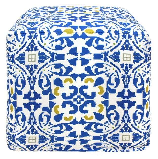 Medallion Outdoor Pouf, Blue
