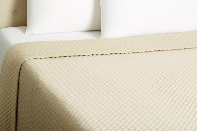 Venezia Quilted Coverlet, Taupe