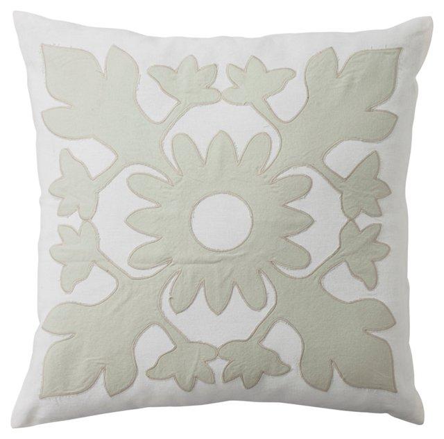 Medallion 18x18 Pillow, White