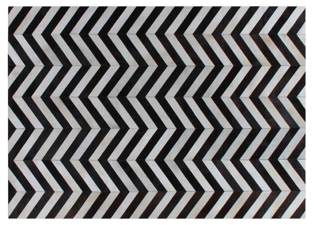 8'x11' Chevron Hide, Black/White