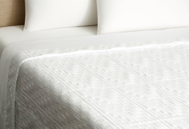 King Addis Quilted Coverlet, White