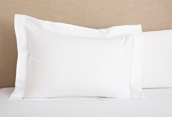 Hotel Sham, White/Ivory