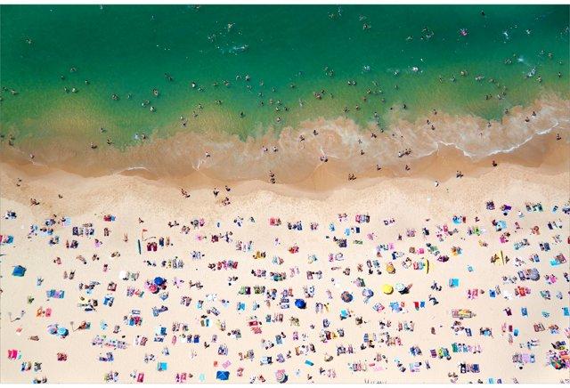 Coogee Beach, Australia, Oversize