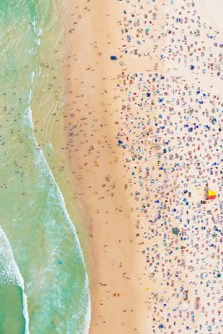 Gray Malin, Bondi Beach (Vertical)