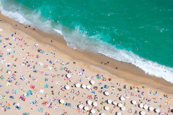 Gray Malin, Barceloneta Beach II