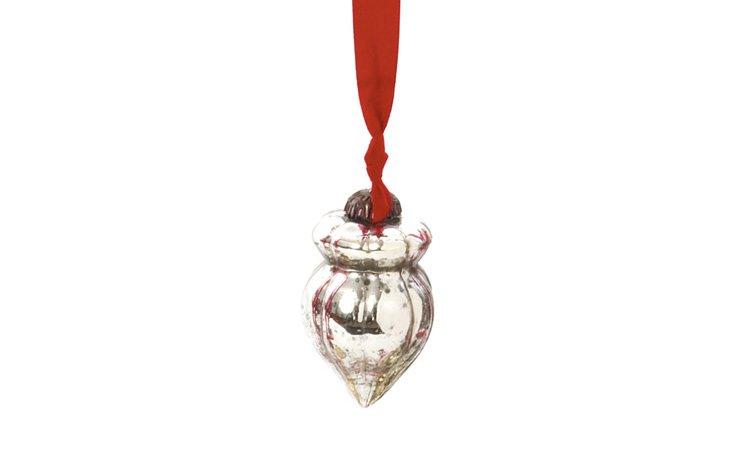 S/9 Silver Acorn Ornaments