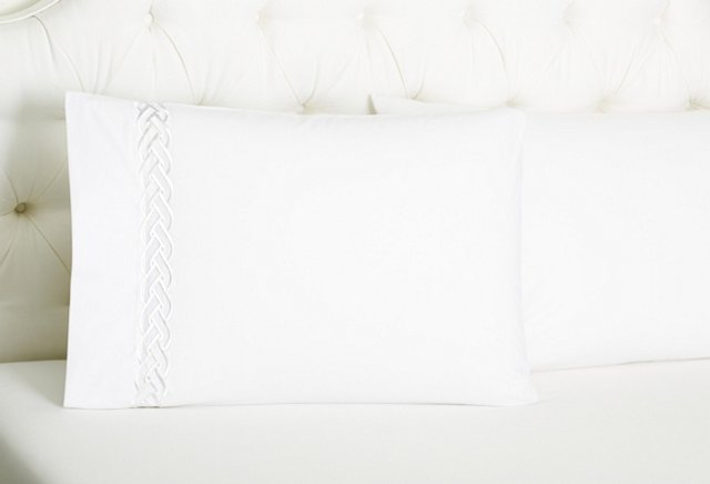 S/2 Braid Pillowcases, Snow White