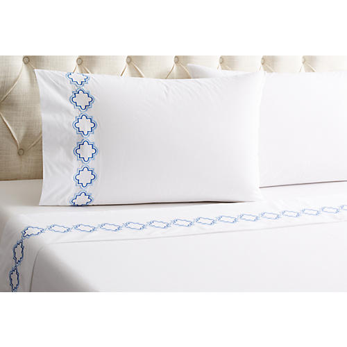Quatrefoil Outline Sheet Set, Blue