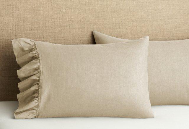 S/2 Ruffled Pillowcases, Natural