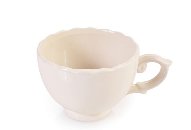 Porcelain Cup with Hound