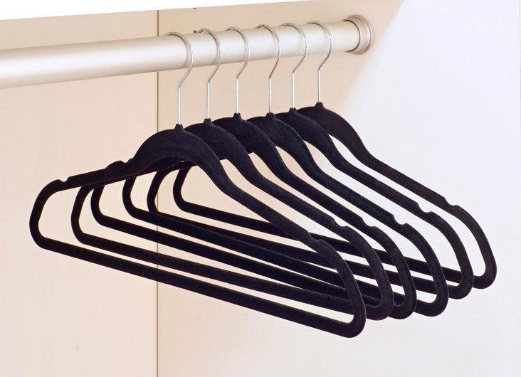 6-Pk Velvet Hangers, Black