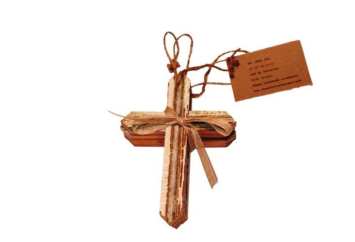 S/3 Cross Ornaments