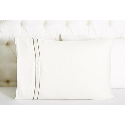 Braille Pillowcase, White/Gray