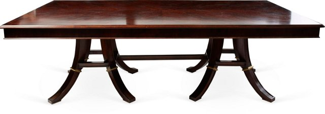 Extensione Dining Table