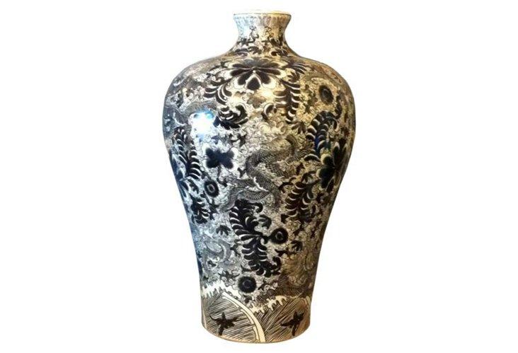 Prunus Vase, Black Dragon