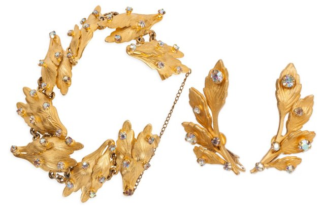 Vogue Leaf Bracelet & Earrings Set