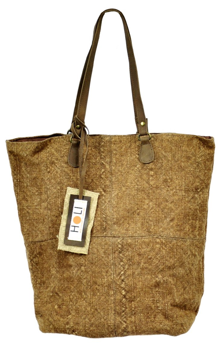 Chic Catch Tote, Brown