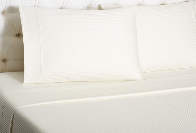 Carmo Satin Stitch Sheet Set, Ivory