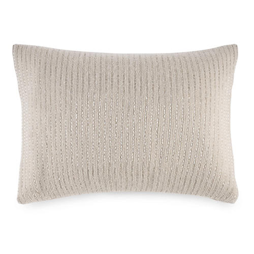 Dylan Pillow