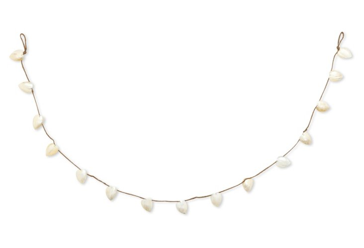 S/2 Pearly Shell Garland Hearts