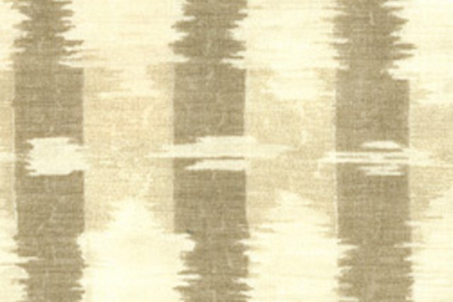 Big Ikat, Taupe, 5 Yds
