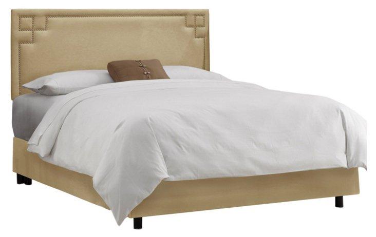 Aiden Nailhead Bed, Wheat