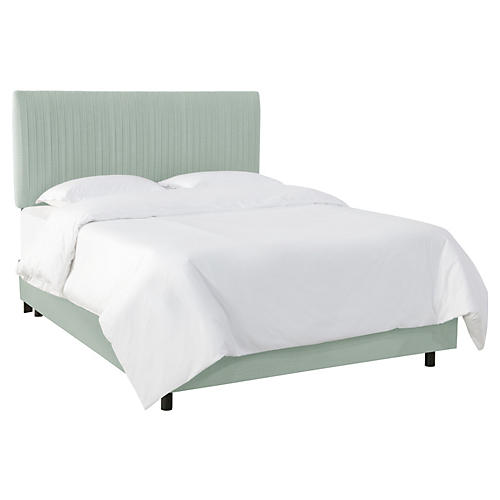 Erin Pleated Bed, Mint