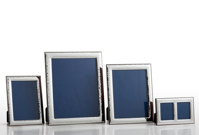 Sterling Hammered Frame Set