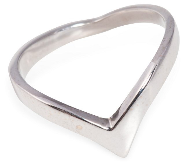 14K White Gold V Ring
