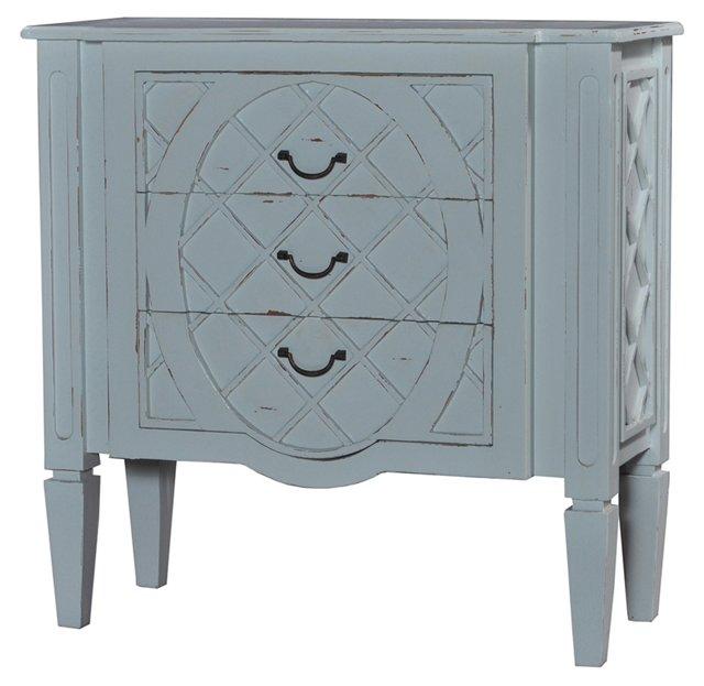 Nelly Dresser, Gray