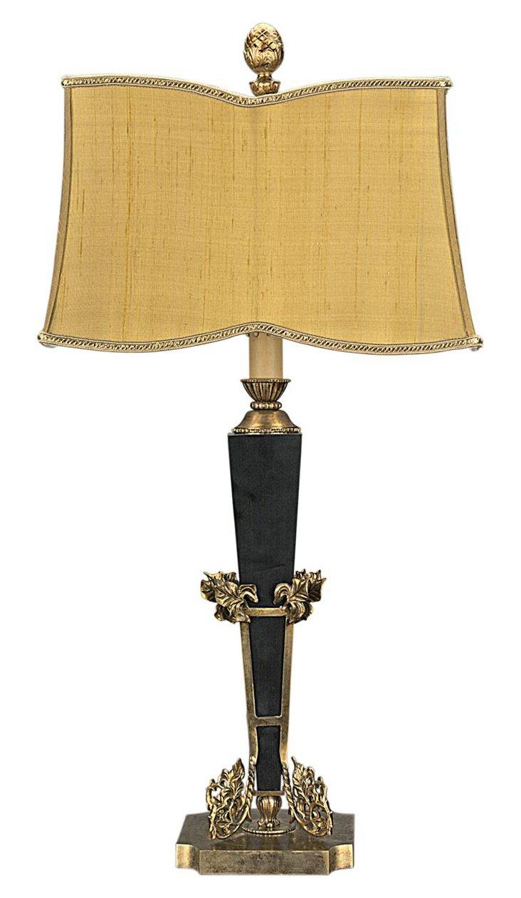 Long Pointe Lamp
